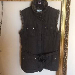 Utility Style Vest with Faux Fur.